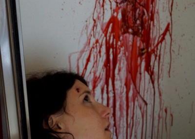 Selbstmord durch einen Kopfschuss mit Gehirnmasse